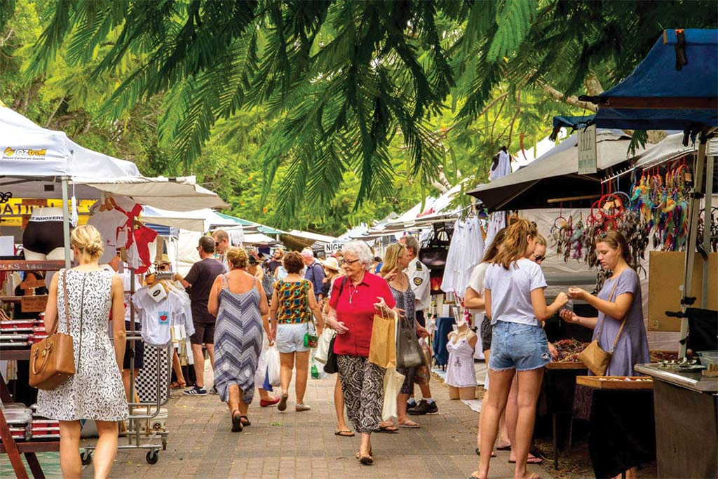 Noosa Escape tour - Eumundi markets